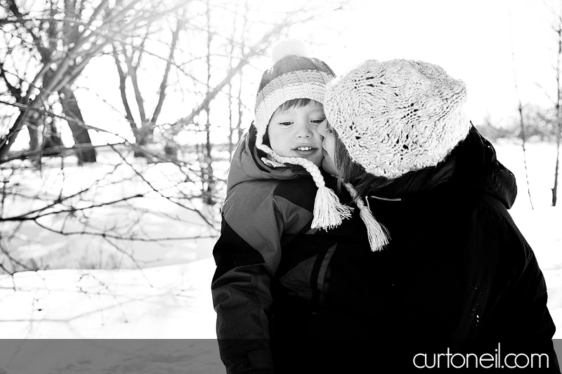 Sault Ste Marie Family Photography - Cathi and Julian - Bellevue Park in Winter