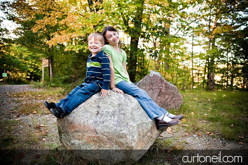 Family Photography - Nathan and Hanna rock