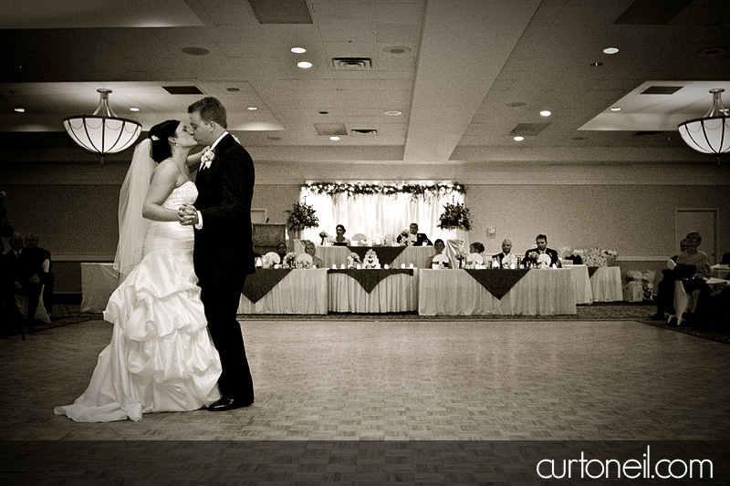 Wedding - Jess and Mike - First Dance - Curt O
