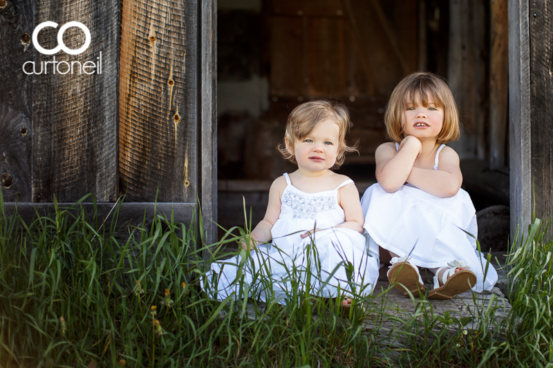 Sault Ste Marie Child Photography - Sophie and Isabelle - Mockingbird Hill Farm