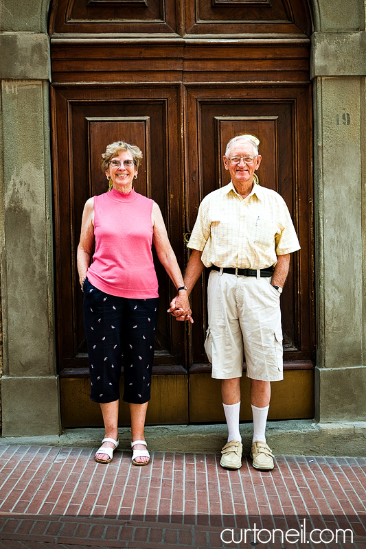 Tuscany Family Photos - Knox - grandma and grandpa big doors